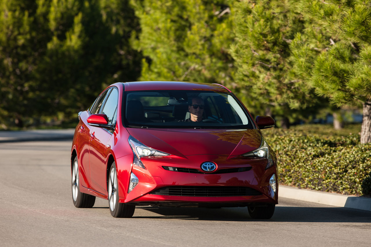 2016 toyota prius touring road test review carcostcanada. Black Bedroom Furniture Sets. Home Design Ideas