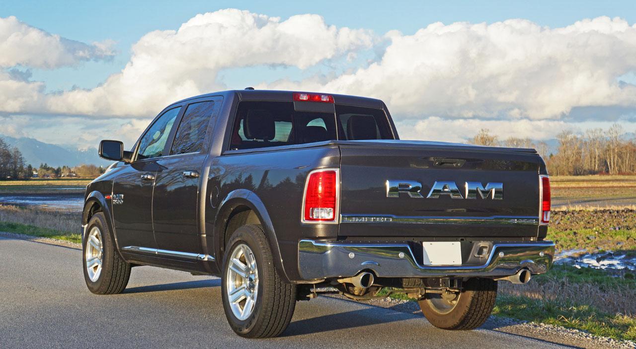 2016 Ram 1500 Ecodiesel Crew Cab Laramie Limited 4x4 Road