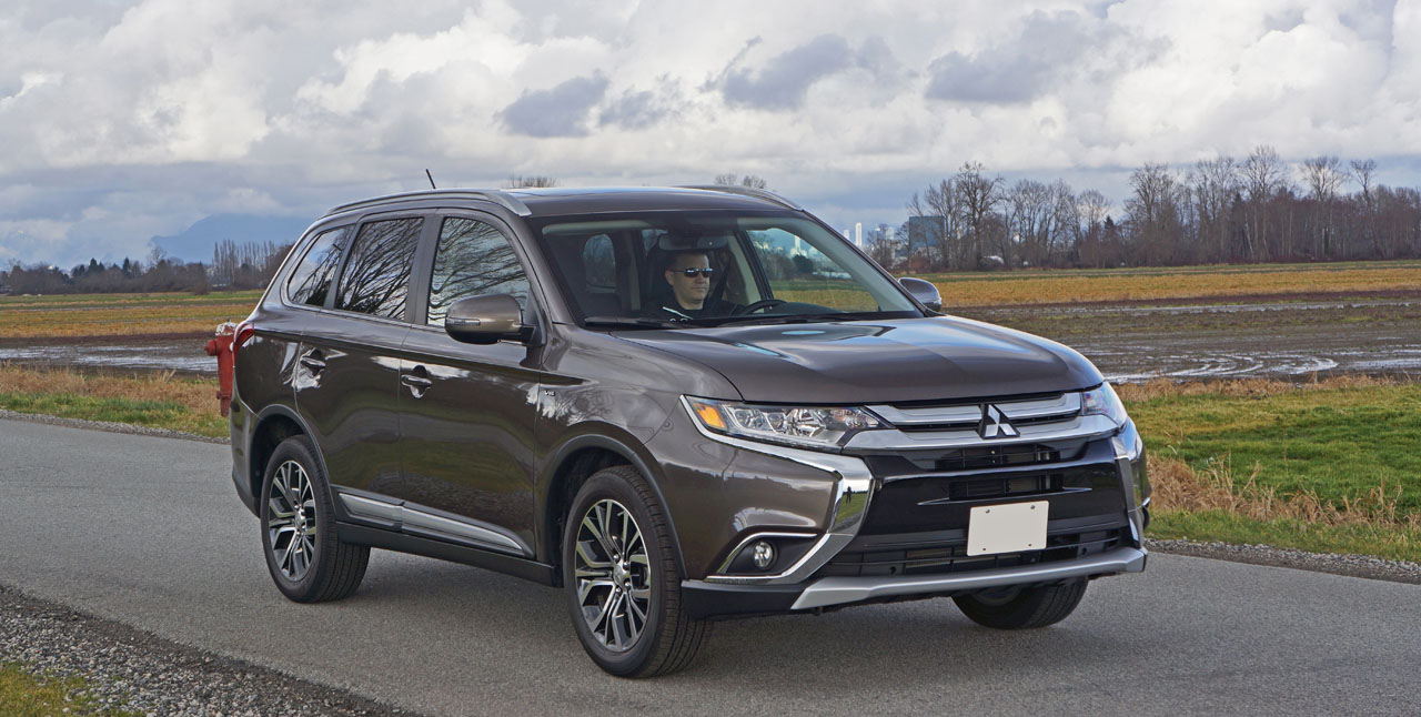 2016 Mitsubishi Outlander GT S-AWC Road Test Review