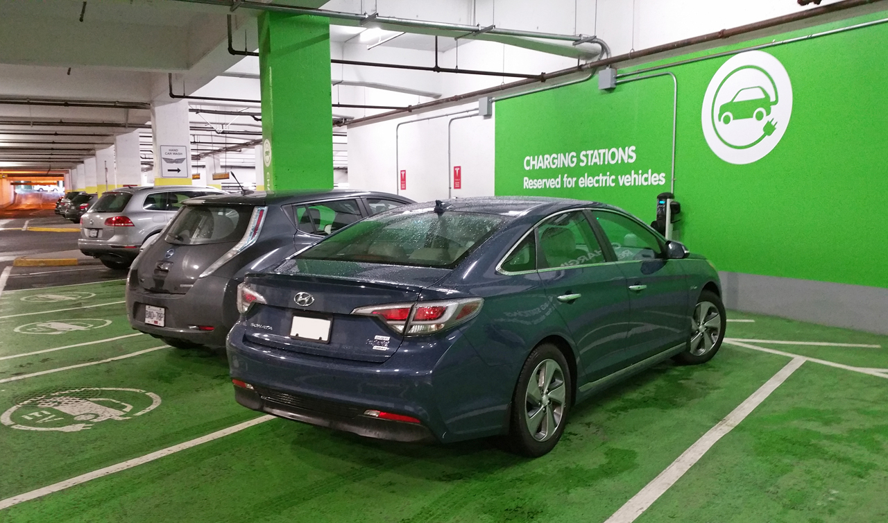 plug in hyundai s sonata forbes front com hi features driving images sites hybrid kbrauer technology top for tech
