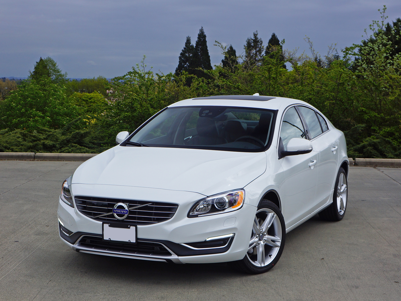 2016 Volvo S60 T5 Awd Se Premier Road Test Review Carcostcanada
