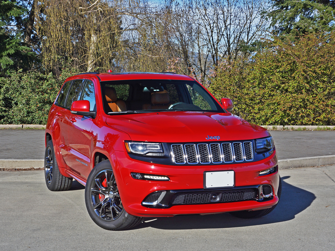 2016 jeep grand cherokee srt road test review carcostcanada. Black Bedroom Furniture Sets. Home Design Ideas