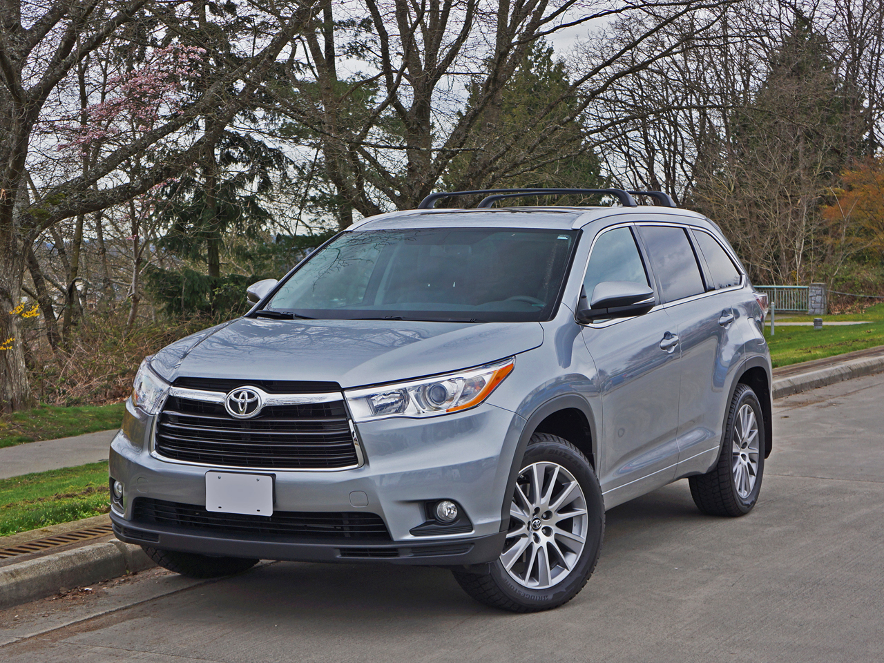 2016 Toyota Highlander Xle Awd Road Test Review