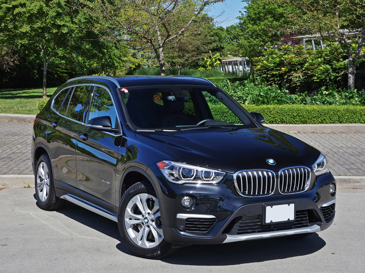 2016 bmw x1 xdrive28i road test review carcostcanada. Black Bedroom Furniture Sets. Home Design Ideas