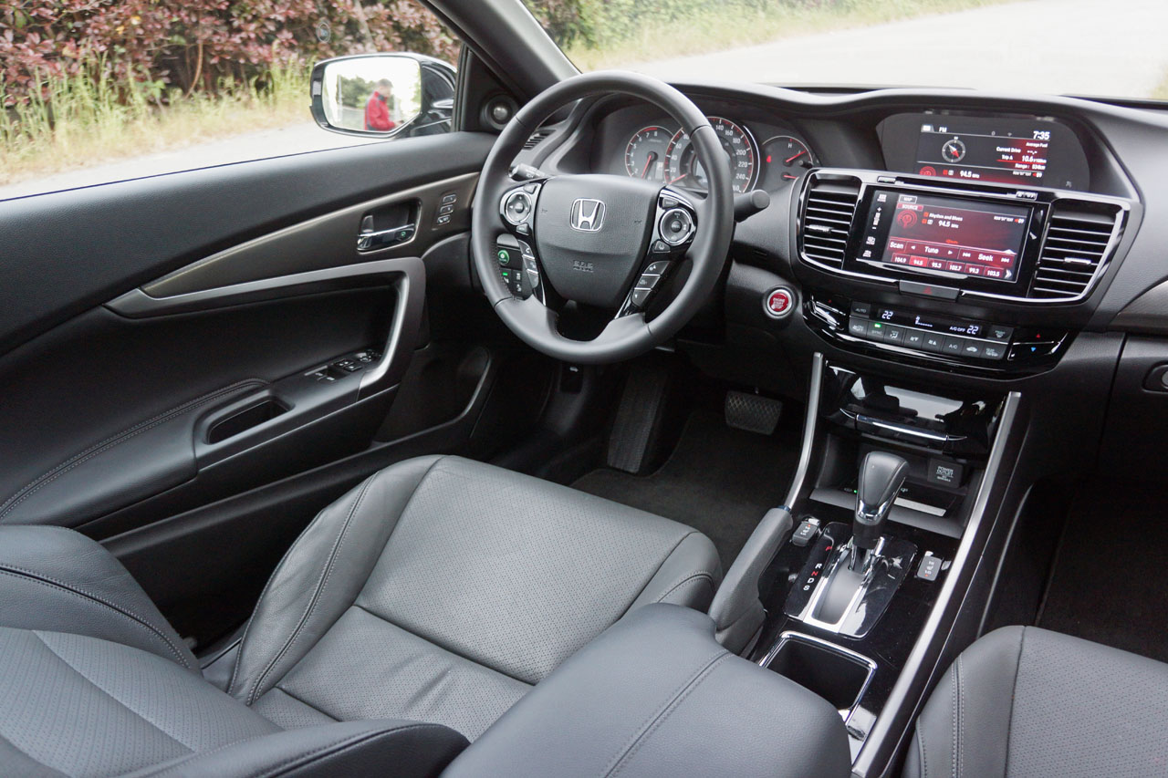 2016 honda accord coupe touring v6 road test review carcostcanada. Black Bedroom Furniture Sets. Home Design Ideas