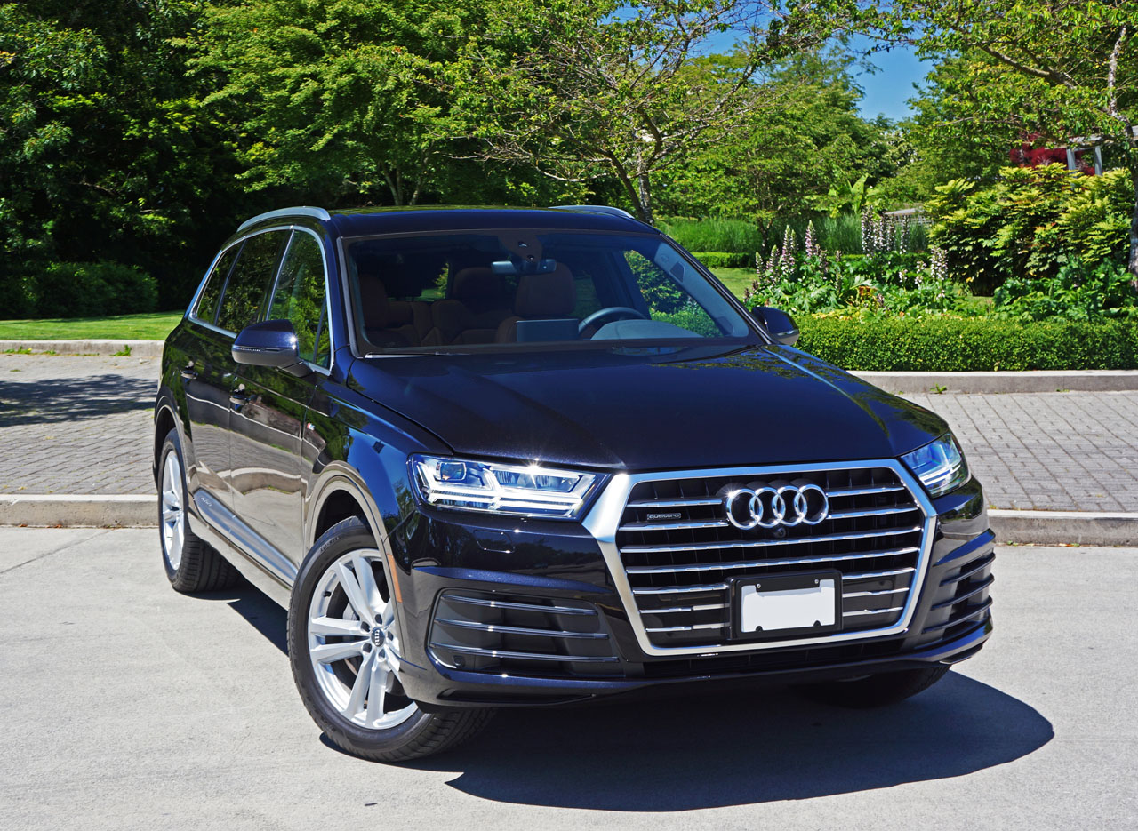 2017 Audi Q7 3 0 TFSI Quattro Technik Road Test Review | CarCostCanada™
