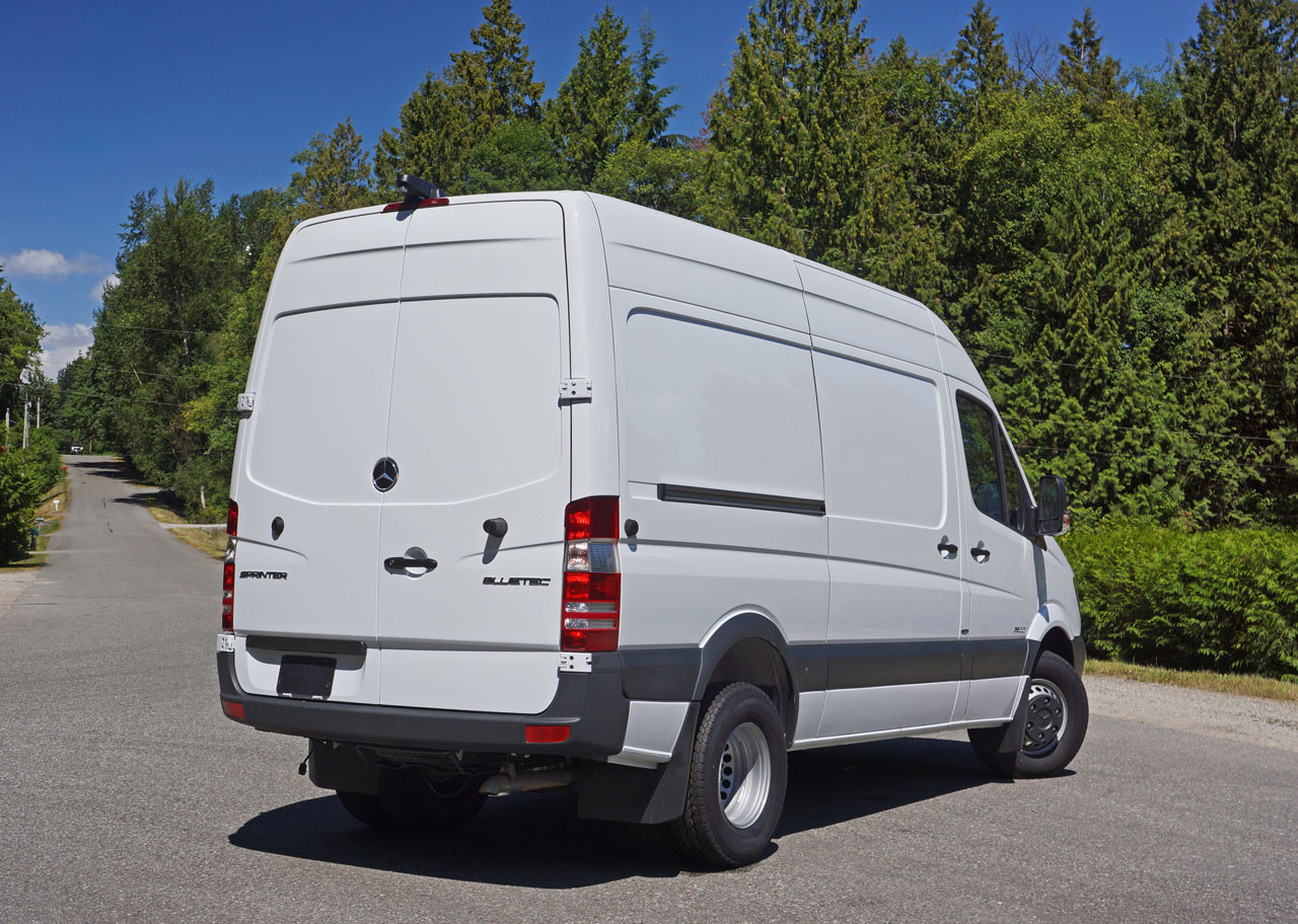 Metris Cargo And Passenger Vans Mobile Z R Do together with Sprinter Cargo Van Interior View besides Maxresdefault further Mb Sprinter Gallery Cargo Van additionally Ultimate Windsurfing Van. on 2016 mercedes 3500 sprinter cargo van