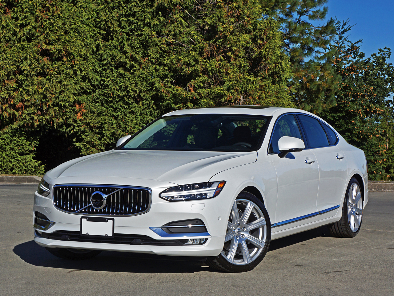 מותג חדש 2017 Volvo S90 T6 AWD Inscription Road Test Review | CarCostCanada PO-95