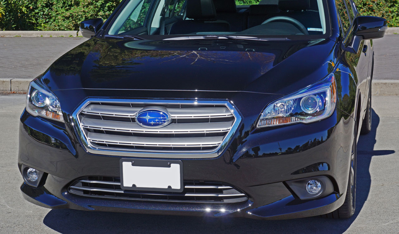 Subaru Legacy: Pocket (if equipped)