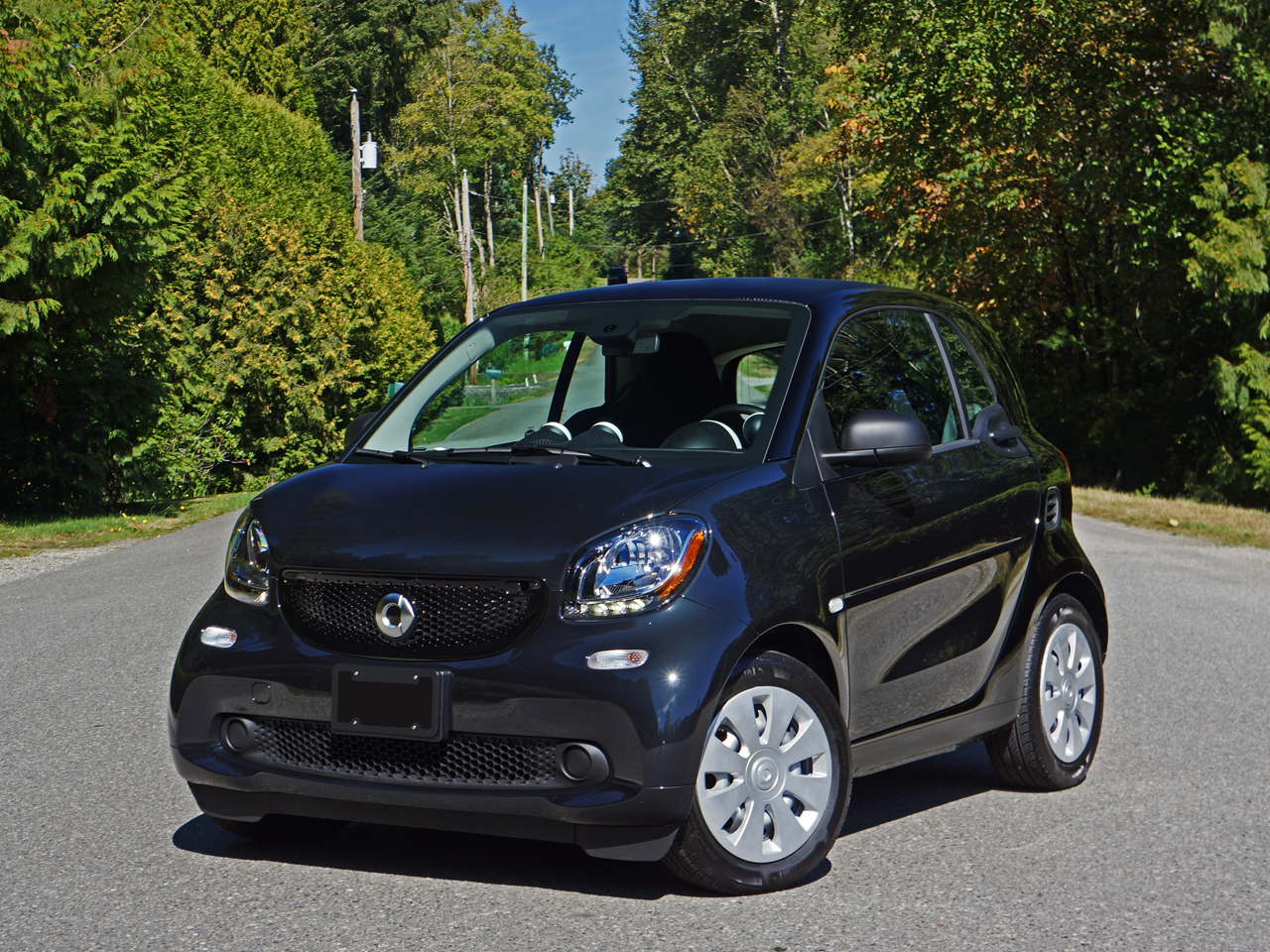 2016 smart fortwo coupe pure road test review carcostcanada. Black Bedroom Furniture Sets. Home Design Ideas