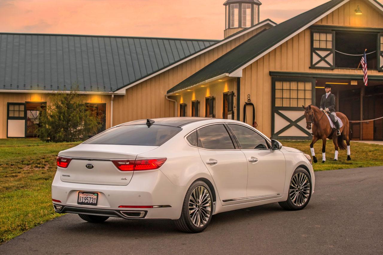 Cadenza Music Definition : Kia cadenza road test review the car magazine