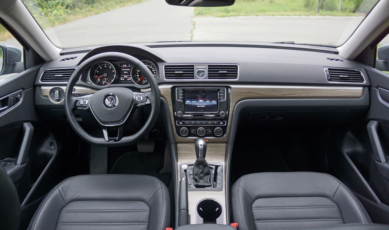 interior price wheel reviews cc features sport vw photos sedan front drive volkswagen
