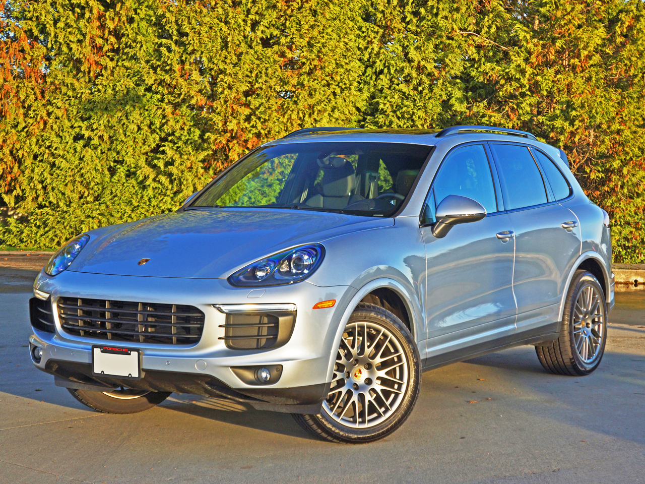 2017 Porsche Cayenne Platinum Edition Road Test Review