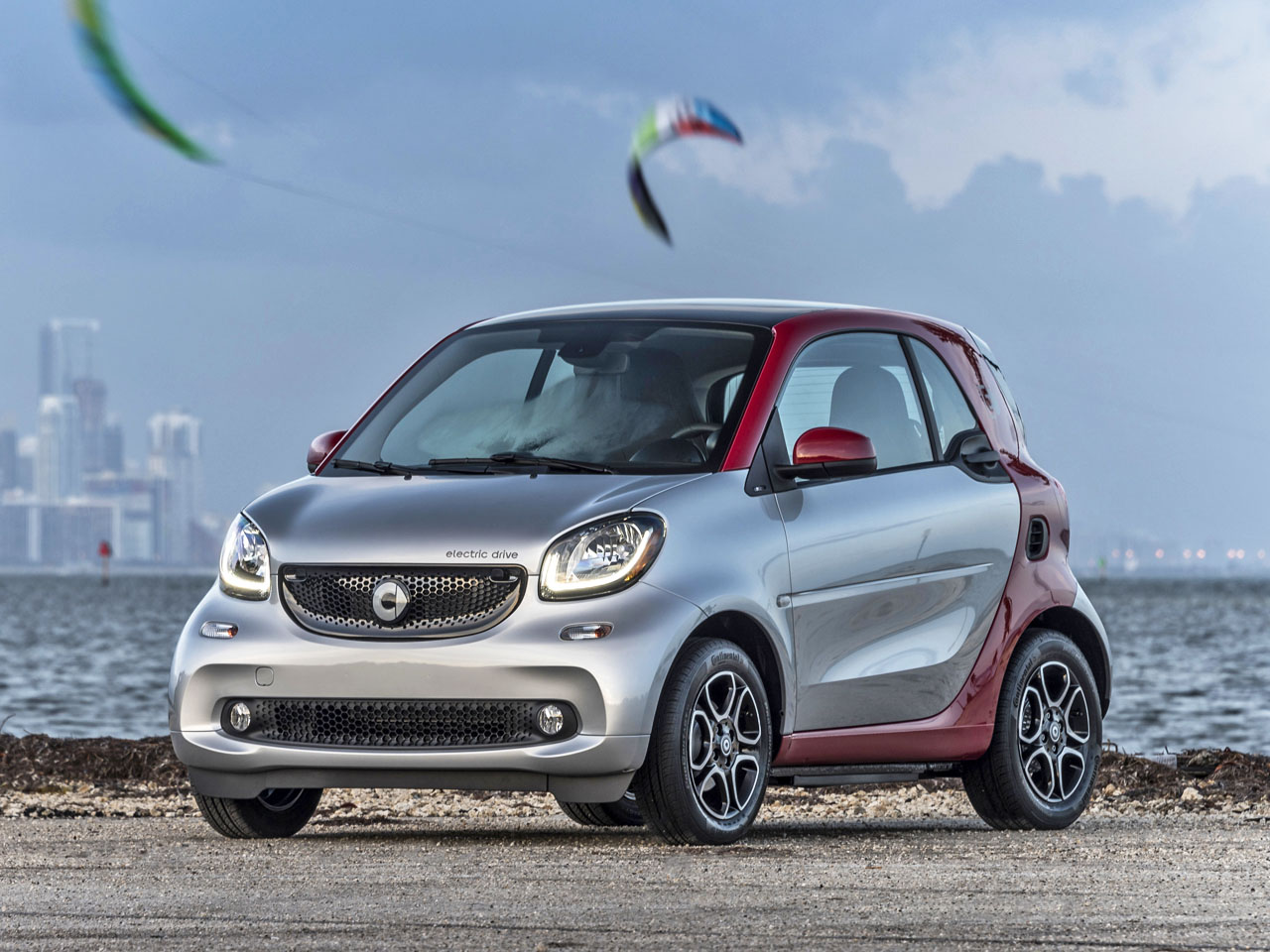 Redesigned 2017 Smart Electric Drive Adds Range And Performance Carcostcanada