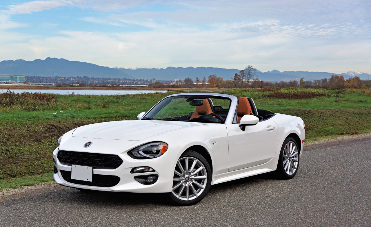 2017 fiat 124 spider lusso road test carcostcanada. Black Bedroom Furniture Sets. Home Design Ideas