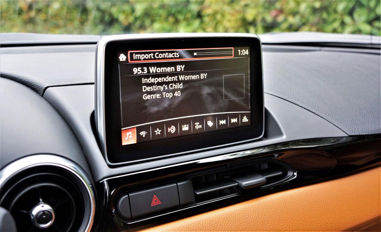 2017 Fiat 124 Spider Lusso Road Test | CarCostCanada™