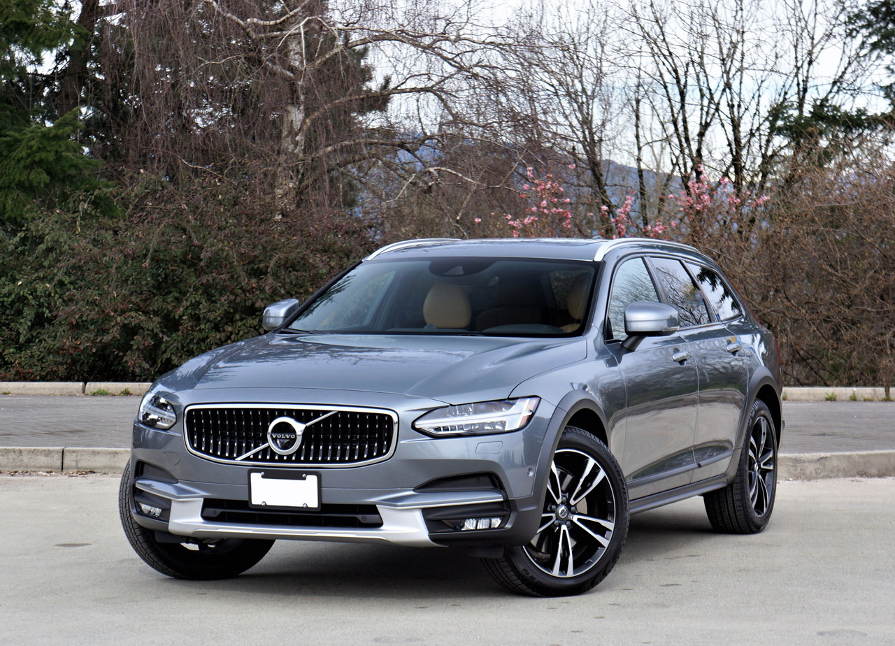 2017 Volvo V90 Cross Country T6 AWD Inscription Road Test