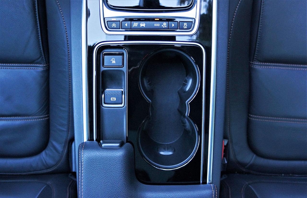 2017 Jaguar Xe 20d Prestige Awd Road Test Carcostcanada