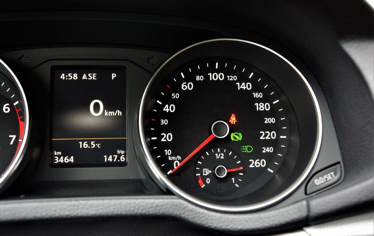 2017 Volkswagen Passat Highline 3 6 VR6 Road Test | CarCostCanada™