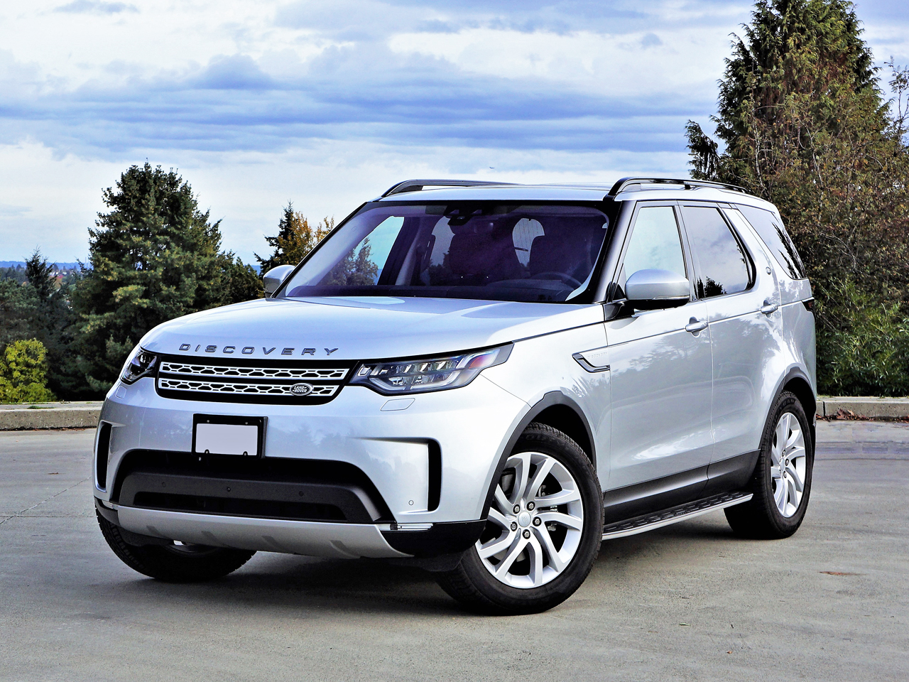 2017 land rover discovery hse luxury td6 road test carcostcanada. Black Bedroom Furniture Sets. Home Design Ideas