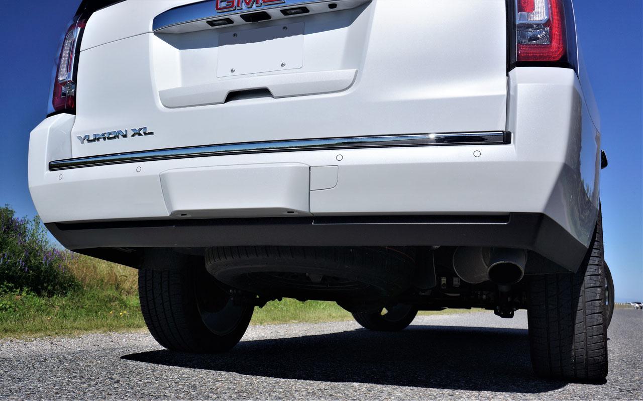 2017 GMC Yukon XL Denali Road Test   CarCostCanada™