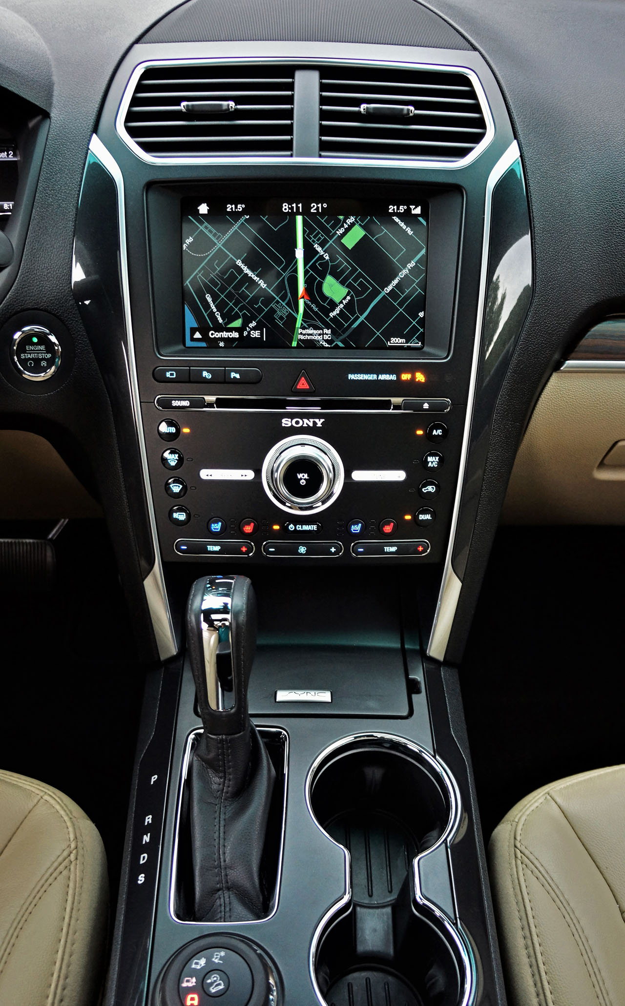 2017 Ford Explorer Limited 4wd Road Test Carcostcanada 2006 Xlt 12 Volt Power Outlet Is Outcontrolshood Gave Its 2016 A Mid Cycle Update And Continued Into More Or Less Unchanged Rounded Edges Sharper