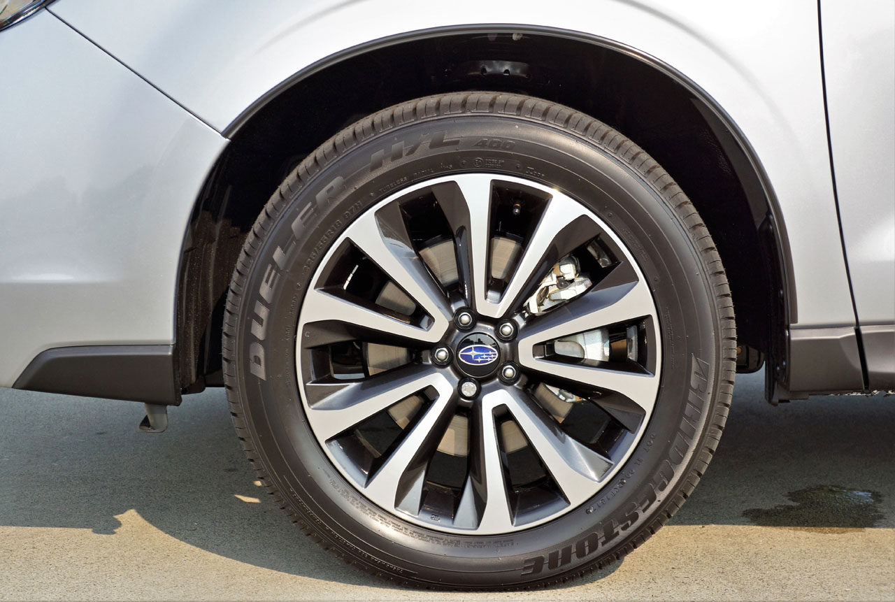 2018 Subaru Forester 2 0XT Limited Road Test | CarCostCanada™
